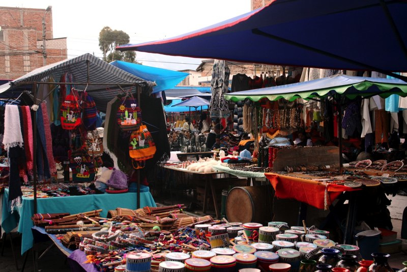 career breaks, career break travel, travel adventures in Ecuador. Otavalo Market