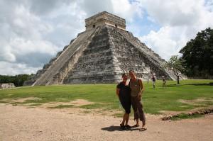 Globetrottergirls in Chichen Itza, Mexico. Copyright GlobetrotterGirls.com